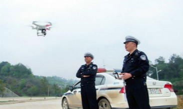 """安徽无人机""""交警""""助力交通管理"""