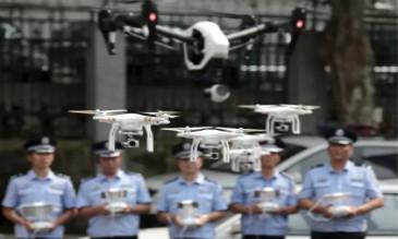 无人机参与交通管理