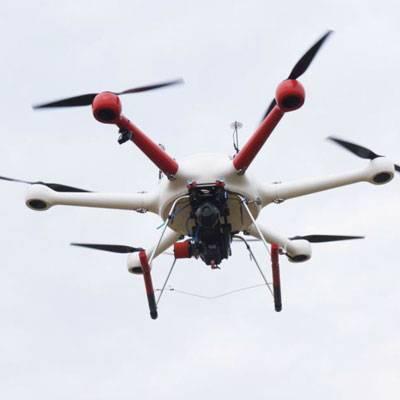 油电混合多旋翼无人机飞行