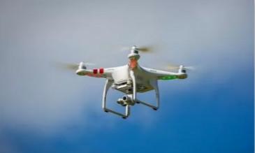 使用无人机参与城市交通管理