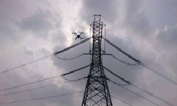 无人机输电线路巡检